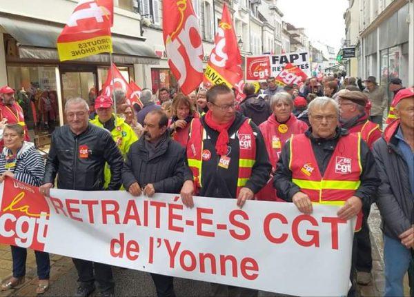manifestation des retraités à Auxerre avec la présence de Philippe Martinez